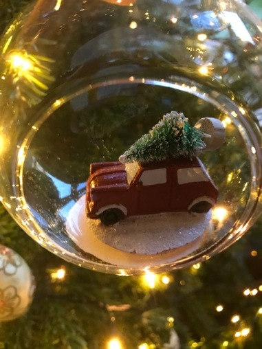 Christmas decorations Homebargains